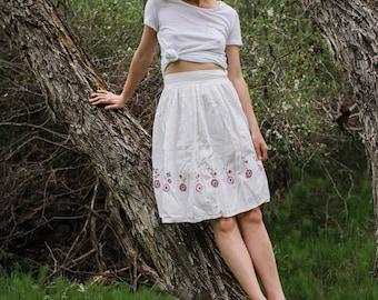 Handstiched Cotton Skirt || Vintage 50s Skirt - Colorful Applique Skirt - White Cotton Skirt - High Waisted Skirt - Handmade Cotton Skirt