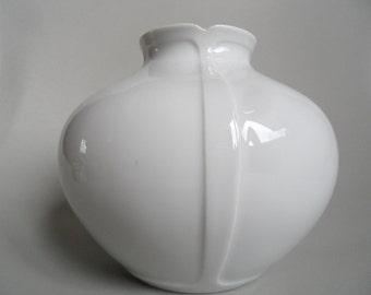 Furstenberg(Fürstenberg) shiny white porcelain vase,white Vintage porcelain vase,festive shiny vase,german white porcelain vase