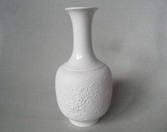 Selb Bavaria Heinrich porcelain vase,german white vase,white porcelain vase,Heinrich vase number 1884,collectible vase,collectible porcelain
