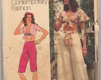 1970's Cute Crop Top, Capri or Flared Pants Sewing Pattern / Simplicity Young Contemporary Fashion / Vintage 1973 / RARE OOP Uncut / Size 10