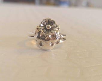 Sterling Silver Skull Ring, Sterling Silver Flower and findings, Dia De Los Muertos Sterling Silver Skull Ring, Day of The Dead Skull Ring