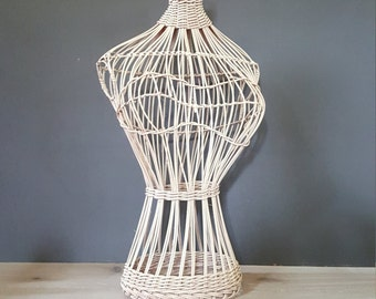 Wicker Dress Form Display / Body Form Table Top Rattan Mannequin, Boho Rattan Bamboo Body Form, Jungalow Decor