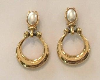 Paola 1980's Vintage Clip Earrings