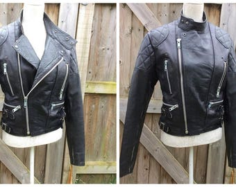 "PERFECT 1980's ""The Rawhide Clothing Co."" Leather Biker Jacket - Cafe Racer - Rockabilly - Classic - Size M - Euro 40 - UK 12"