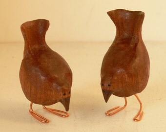 Hand Carved Mahogany Wooden Birds (Supper Time) Feeding With Copper Legs Pair
