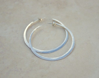 Size 4 Silver Knife Edge Forged Hoops, Argentium Silver Hoops, Silver Hoop Earrings, Handforged Silver, Everyday Earrings