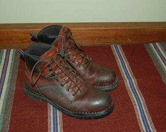 Men Size 11 Vintage Red Wing Boots Oil Resistant Work Boots