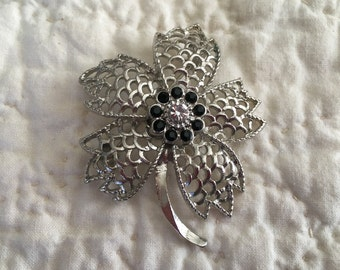 Silver Tone Floral Pin Brooch, Silver Filigree Petals, Black  Flat Stones with Rhinestone Center, Silver Stem, Silver Floral Pin Brooch