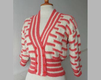 Ivory/Pink Hand Knitted Vintage Cardigan // Cropped // Lined // 3/4 Length Sleeves