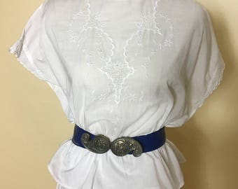 Hungarian 1920 White Embroidered Blouse with capped sleeves / late Edwardian / Peasant / Bohemian