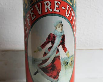 "Vintage French biscuit tin ""Lefèvre-utile biscuits"""