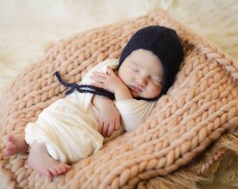 Navy Bonnet - Newborn Baby Bonnet, Baby Newborn Photographer Prop - Baby Bonnet, Dainty Bonnet, Baby Photo Prop - Photo Accessory