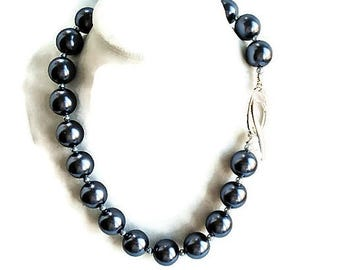 Dark Gray Necklace Pearl Jewelry Chunky Necklace Statement Jewelry Pearl Choker Gray Jewelry Silver Necklace Gift For Women Beaded Jewelry