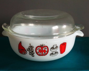 Vintage pyrex - Phoenix pyrex vegetable and ham pattern casserole dish