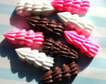 5 pcs whipped cream icing cabochons strawberry choc vanilla  - resin - decoden - jewellery - cabs supplies UK hobby crafts scrapbooking