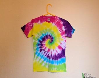 Rainbow spiral tie dye hippie t-shirt (size small)