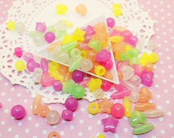 150pc Glow in the Dark Assorted Color and Shapes Beads Acrylic Plastic Bead Mix Jewelry Craft DIY