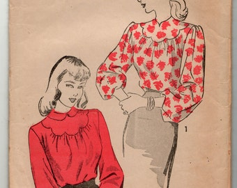 """Advance Sewing Pattern 1940's Blouse 4448 size 14, bust 32"""" complete maybe used"""