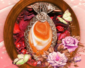Orange Agate Necklace in Copper, Healing Crystal, Romantic Statement Jewelry
