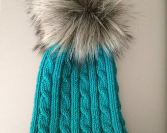 100% wool hat with detachable faux fur Pom Pom