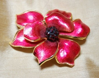 Dark Pink Enamel Brushed Gold Tone Flower Brooch with Red Rhinestone Center J1-002