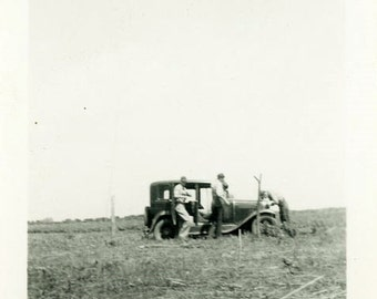 "Vintage Photo ""Broken Down on Copper Road"" Snapshot Antique Photo Old Black & White Photograph Found Paper Ephemera Vernacular - 71"