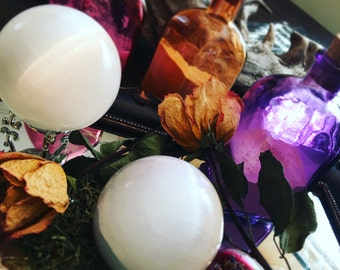 """3"""" SELENITE CRYSTAL BALL, Sphere, Natural, Polished - Scrying, Meditation, Crystal Grids, Crystal Healing, Magick, Witchcraft, Metaphysical"""