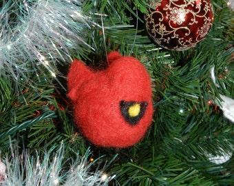 Cardinal Christmas ornament, Cardinal bird ornament, Felt cardinal ornament, Red cardinal ornament, Needle felted cardinal ornament, Felted