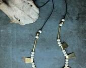 HENOKO necklace - brass and bone
