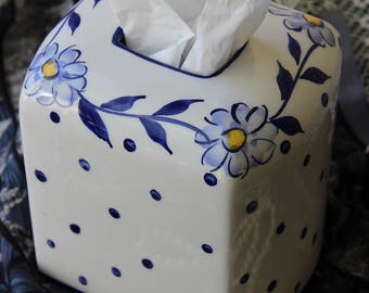 Vintage Hand Painted Porcelain KLEENEX BOX COVER ~ Made in Portugal ~ Blue & White Floral Ceramic
