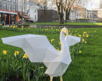 Papercraft Swan template, instant digital download, Wedding decoration