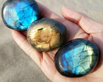 Labradorite Flashy Palm Stone - Medium Polished Palmstone Firey Flash - Aura Protection - Sweet Dreams Crystal - Empath Grid