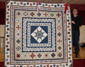 William Morris Quilt // Prize Winning Quilt // Medallion Quilt // Heirloom Quilt // Best of Show // Patchwork Quilt // Feathered Star Quilt