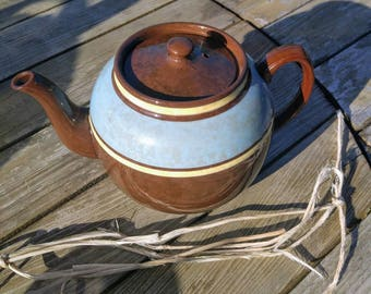Sadler BROWN BETTY teapot. Blue and Yellow banded accents.