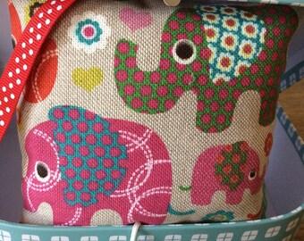 """Little elephants"" music box lucky baby."