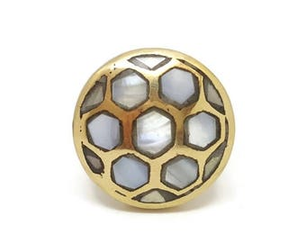 SUMMER SALE Pearlescent Serpentine Mother of Pearl Knob