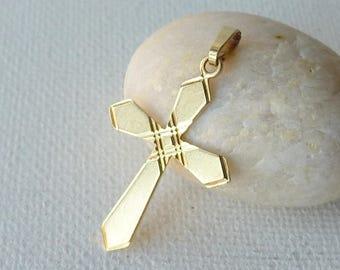 Vintage 8kt Gold Cross Religious Pendant, 8k Yellow Gold, Small Cross Pendant, Gold Religious Cross, Diamond Cut Religious Christian Jewelry