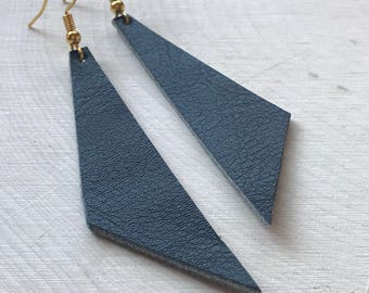 Perfect Angle Leather Earrings {Midnight Black}