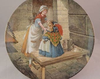 """Wedgwood Wind in the Willows Collectors Plate, """"Escape From Jail"""", Mr Toad, Toad disguised as Washerwoman by Eric Kincaid"""