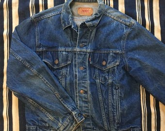 Vintage 1980s Levis Type 3 Denim Jacket Size 44(M) Made In USA