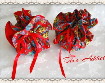 Red cotton pouch with red background with multicolored prints - Brazilian fabric flowers
