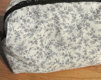 Small cosmetic case pink grey lace closure
