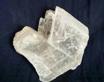 White Selenite Angel Stone // Cleansing Crystal // Meditation Gemstone // Chakra Balance Crystal // Reiki Healing / Selenite Clearing Stone