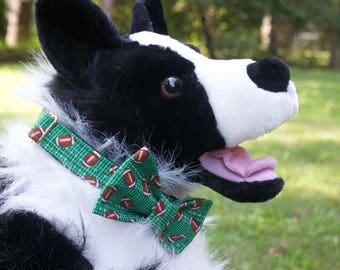 Green Football Dog Collar - Football Fan Dog Collar - Green Dog Collar - Dog Mom gift - Dog Dad gift - Fall Dog Collar - Football Dog Collar