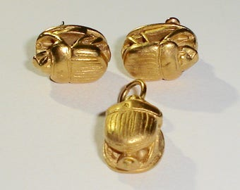 Vintage Gold Tone Egyptian Revival 3-D Scarab Beetle Post Earrings & Pendant, Superb Detail