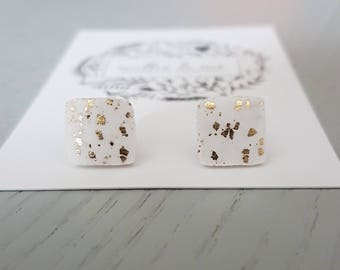 Polymer clay earrings/ white and gold clay stud earrings/ polymer clay jewellery/ gold/ polymer clay/ clay jewellery/ square earrings