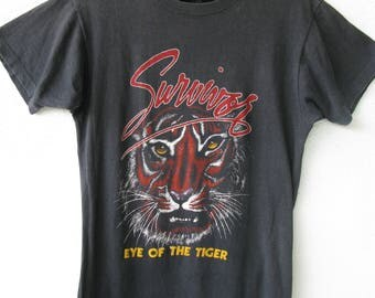 Survivor Eye of the Tiger Going The Distance Tour 1982 Vintage Heavy Metal Rock Concert Small Screen Stars T-shirt 80s Black Festival Rocky