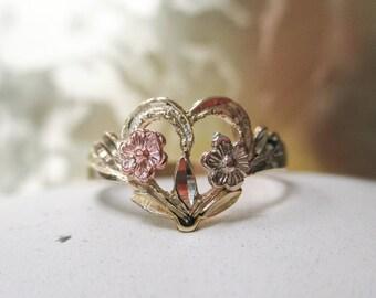 14K Tri Color Gold Heart Ring