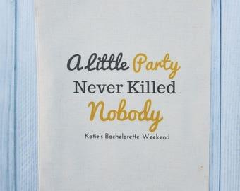 10 Bachelorette Party Favor, Hangover Kit, Survival Kit, Recovery Kit, Emergency Kit, Custom Bachelorette Party Bags - Great Gatsby
