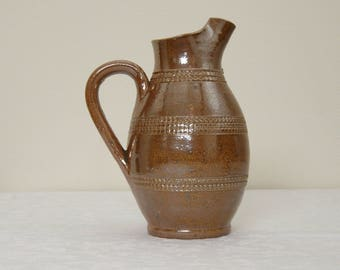 Vintage French handmade Gres du Berry salt glazed water jug / pitcher - 0,5 liter (litre)